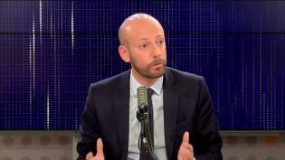 """Stanislas Guerini,délégué général de LREM était l'invité du """"8h30 franceinfo"""", vendredi 8 octobre 2021. (FRANCEINFO / RADIOFRANCE)"""