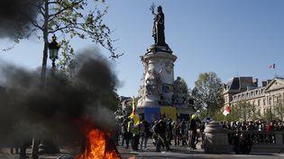 """Manifestation des """"gilets jaunes"""" samedi 20 avril place de la République à Paris. (ZAKARIA ABDELKAFI / AFP)"""