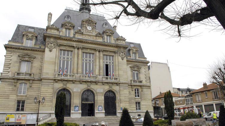 La mairie duKremlin-Bicêtre (Val-de-Marne), le 13 mars 2008. (STEPHANE DE SAKUTIN / AFP)