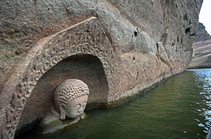 Un Bouddha découvert dans un réservoir à Jiangxi  (CHINE NOUVELLE/SIPA)