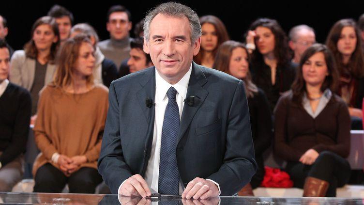 Le président du MoDem, François Bayrou, sur le plateau de France 2, le 8 mars 2012. (CHESNOT / SIPA)