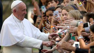 Le pape François lors d'un bain de foule à Washington, la capitale des Etats-Unis, le 24 septembre 2015. (GARY CAMERON / REUTERS)