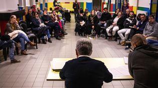 Une session du grand débat national à Dinan dans les Côtes-d'Armor, le 21 janvier 2019. (MARTIN BERTRAND / HANS LUCAS / AFP)