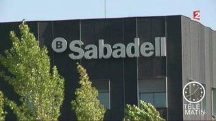 La banque Sabadell a choisi de déplacer son siège à Alicante. (FRANCE 2)