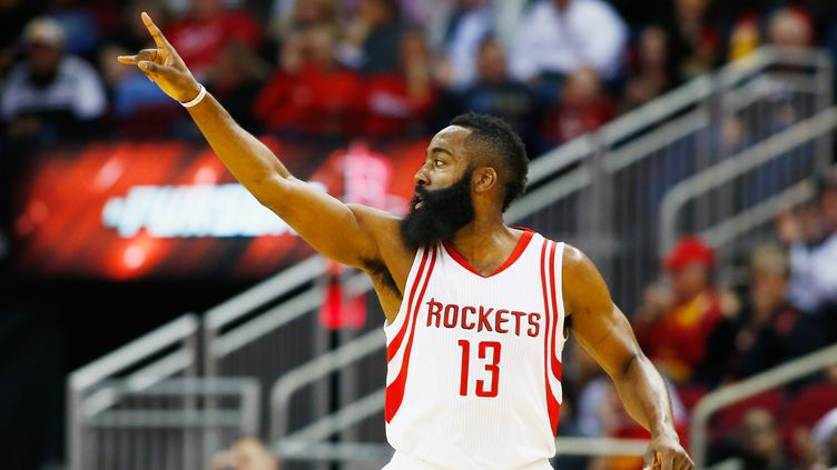 James Harden, injouable face 76ers (SCOTT HALLERAN / GETTY IMAGES NORTH AMERICA)