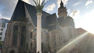 L'église Saint-Nicolas, à Leipzig, devant laquelle s'est tenue la première manifestation le 4 septembre 1989. (LUDOVIC PIEDTENU / RADIO FRANCE)