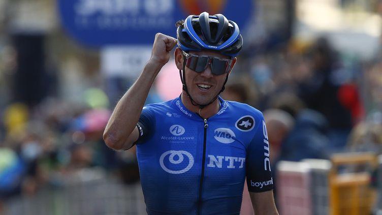 2 jours après sa victoire sur le Giro, O'Connor arrive chez AG2R. (LUCA BETTINI / AFP)