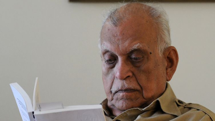 Jamil Ahmad dans sa résidence d'Islamabad, le 11 octobre 2011.  (Aamir Qureshi/AFP)