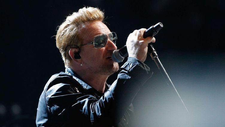 Bono de U2, qui a rendu hommage mardi aux victimes de l'attentat de Manchester.  (Thibault Camus/AP/SIPA)