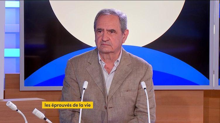 Pierre Rosanvallon (FRANCEINFO)