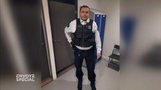 Racisme au dépôt du tribunal de Paris : le brigadier lanceur d'alerte sanctionné (ENVOYÉ SPÉCIAL  / FRANCE 2)