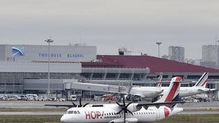 A l'aéroport de Toulouse-Blagnac, le trafgic a augmenté de 16% depuis le début de l'année et de 23% pour le seul mois d'août. (PASCAL PAVANI / AFP)