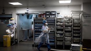 Le service de soins intensifs de l'hôpitalLyon Sud (Rhône), le 8 septembre 2021. (JEFF PACHOUD / AFP)