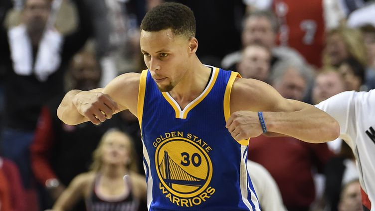 Le joueur des Golden State Warriors Stephen Curry (STEVE DYKES / GETTY IMAGES NORTH AMERICA)