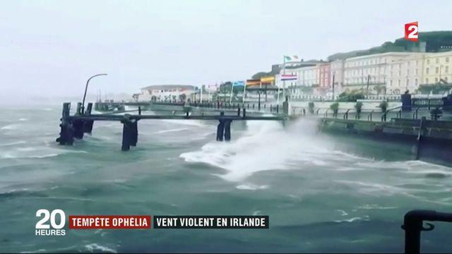 Tempête Ophelia : l'Irlande fait face aux vents violents