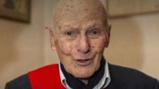 Mort de Pierre Simonet : portrait d'un héros français (FRANCEINFO)