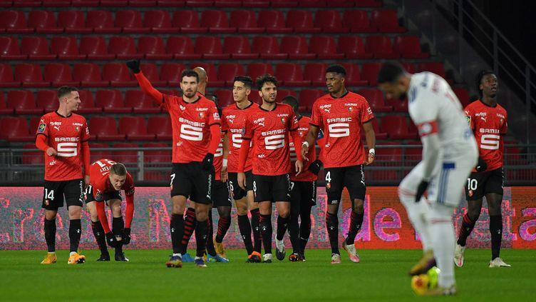 Les joueurs de Rennes face à Lyon, le 9 janvier 2021. (LOIC VENANCE / AFP)