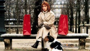 L'actrice Emmanuelle Béart dans La Bûche (1999) de Danièle Thompson. (JEAN MARIE LEROY / COLLECTION CHRISTOPHEL / AFP)