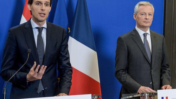 Les ministres néerlandais et français de l'Économie Wopke Hoekstra et Bruno Le Maire à Bercy le 1er mars 2019. (ERIC PIERMONT / AFP)
