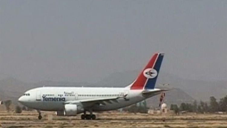 L'avion de la Yemenia qui s'était échoué en mer avait plus de 19 ans.   Crédits: Muriel Gensse (AFP)