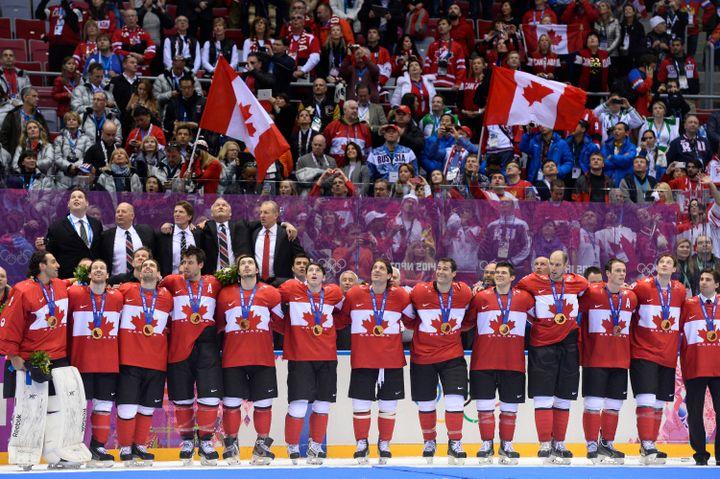 L'équipe du Canada, championne olympique en titre