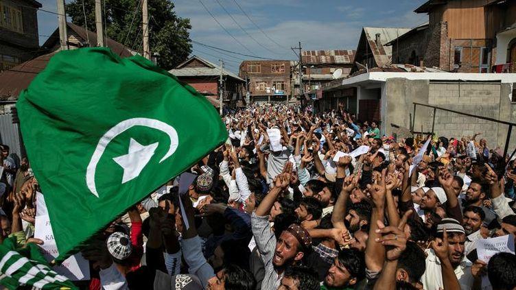 Unemanifestationcontre la décision du gouvernement indien de mettre fin au statut d'autonomie de la région du Jammu-et-Cachemire, àSrinagar (Inde), le12 août 2019. (DANISH SIDDIQUI / X90172)