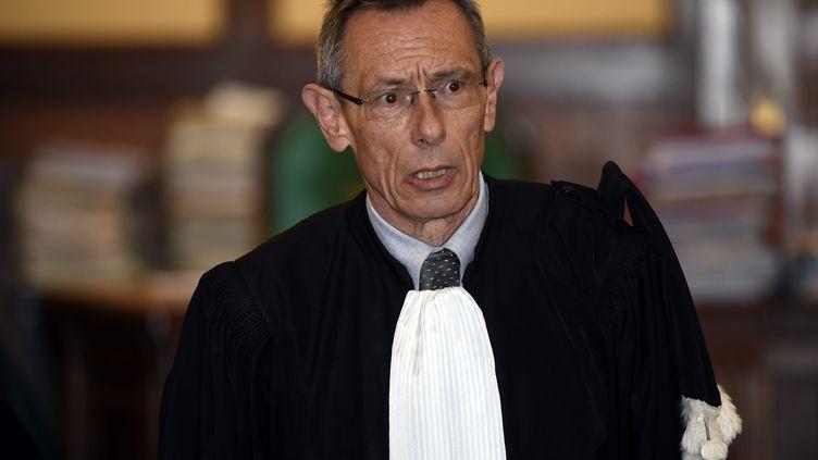 Thierry Moser, l'avocat des parents d'Alexandre Beckrich, lors de l'ouverture du procès du double meurtre de Montigny-lès-Metz (Moselle), le 25 avril 2017. (MAXPPP)