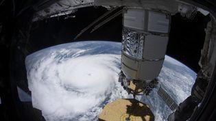 Cette photo envoyée par la Nasa le 31 août 2021 et prise depuis l'ISS le 29 août, montre l'ouragan Ida de catégorie 4 aux abords de la côte de la Louisiane. (Illustration) (HANDOUT / NASA / AFP)
