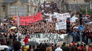 (Une manifestation contre le CPE à Poitiers en 2006©MAXPPP)