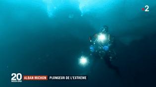 Capture d'écran d'un sujet de France 2 consacré à Alban Michon, plongeur sous glace. (FRANCE 2)