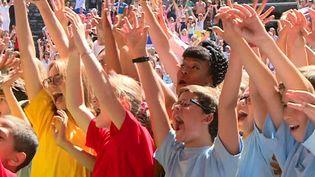China Moses au milieu de 6000 écoliers à Jazz à Vienne  (France 3/ Culturebox )