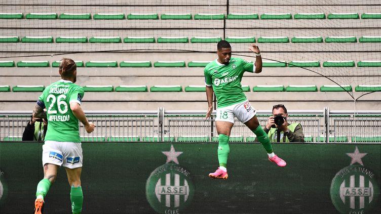 Arnaud Nordin célébrant son but face à Marseille le dimanche 9 mai lors de la 36e journée de Ligue 1 Uber Eats. (JEFF PACHOUD / AFP)