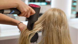Illustration salon de coiffure. (GERALD MATZKA / DPA / PICTURE-ALLIANCE / NEWSCOM / MAXPPP)