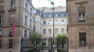 Le PS n'a plus les moyens financiers de garder le siège du parti, situé rue de Solférino dans le 7e arrondissement de Paris. (MAXPPP)