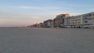 La plage de Malo-les-bains à Dunkerque, le 24 février 2021. (REMI BRANCATO / RADIOFRANCE)