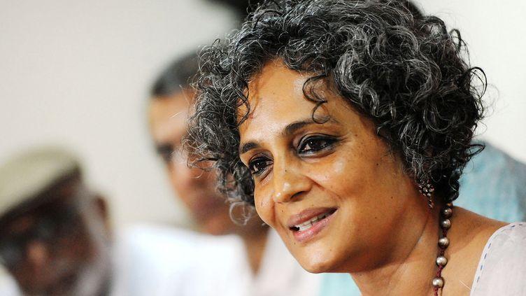 L'écrivain et essayiste Arundhati Roy en mai 2014.  (Ranjit Deshmukh / The Times of India / AFP)