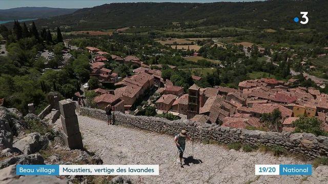 Alpes-de-Haute-Provence : à la découverte de Moustiers-Sainte-Marie, village suspendu et authentique