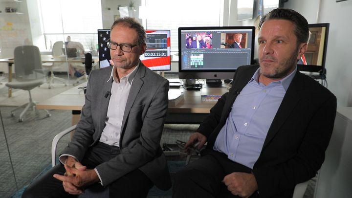 Les journalistes Gilles Paris et Jérôme Cartillier à Washington DC, en octobre 2020. (FRANCEINFO)
