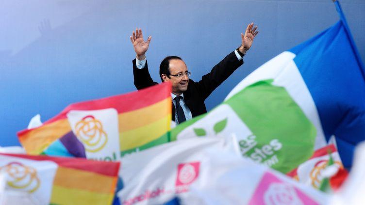 François Hollande à Cenon (Gironde), jeudi 19 avril 2012. (JEAN-PIERRE MULLER / AFP)