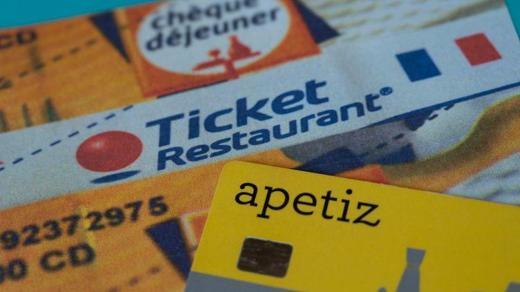 La validité des titres-restaurant 2020 devait expirer fin février mais elle a été prolongée jusqu'au mois d'août. (RICCARDO MILANI / HANS LUCAS / AFP)