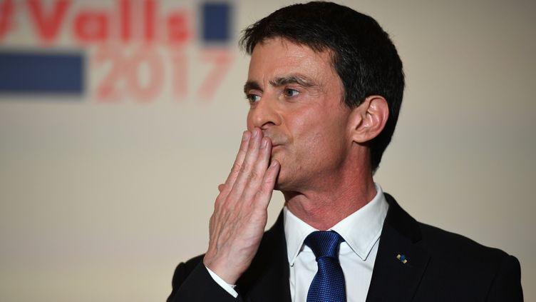 Manuel Valls, le 29 janvier 2017, à son QG de Paris, après sa défaite au second tour de la primaire de la gauche. (ERIC FEFERBERG / AFP)