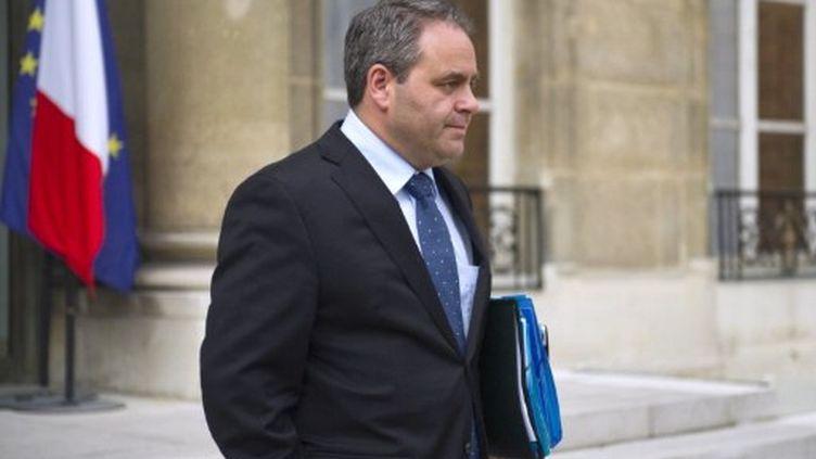 Le ministre de la Santé, Xavier Bertrand, à sa sortie de l'Elysée le 8 juin 2011. (AFP/LIONEL BONAVENTURE)
