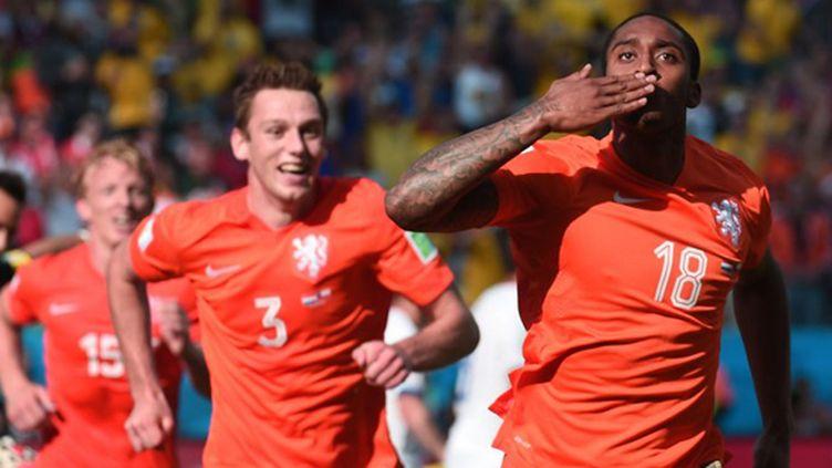 Leroy Fer emmène les Oranje sur la route de la joie (DAMIEN MEYER / AFP)