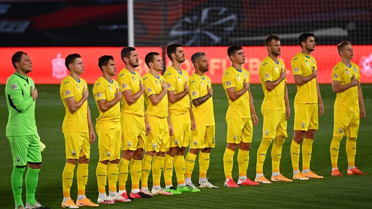 Deux joueurs de la sélection ukrainienne ont été testés positifs au Covid-19 (GABRIEL BOUYS / AFP)