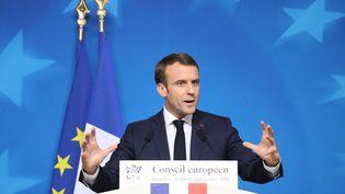 Emmanuel Macron lors d'une conférence de presse après le Conseil européen, à Bruxelles (Belgique), le 13 décembre 2018. (LUDOVIC MARIN / AFP)