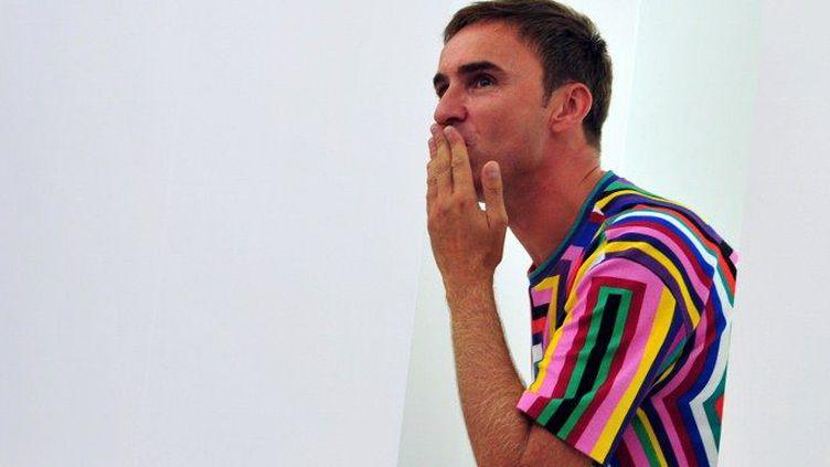 Raf Simons en septembre 2011, à Milan, lors des défilés des collections pap pé 2012  (C.Cacace. AFP)