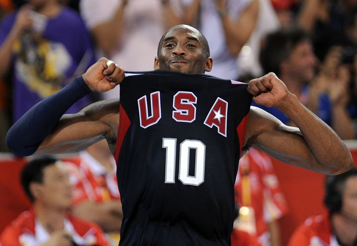 Kobe Bryant avec Team USA aux Jeux de 2008. (FILIPPO MONTEFORTE / AFP)