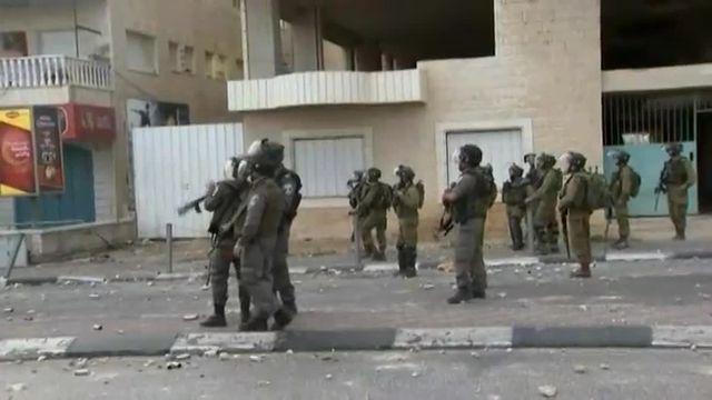 Les affrontements se poursuivent entre Palestiniens et soldats israéliens