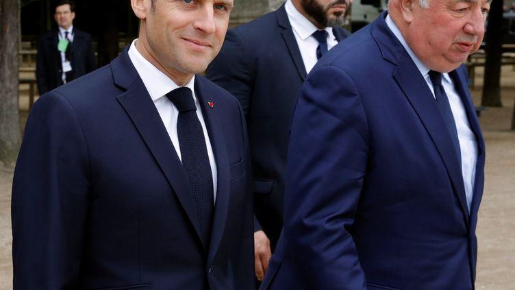 Le président de la République, Emmanuel Macron, et le président du Sénat, Gérard Larcher, le 10mai 2019 à Paris. (PHILIPPE WOJAZER / AFP)