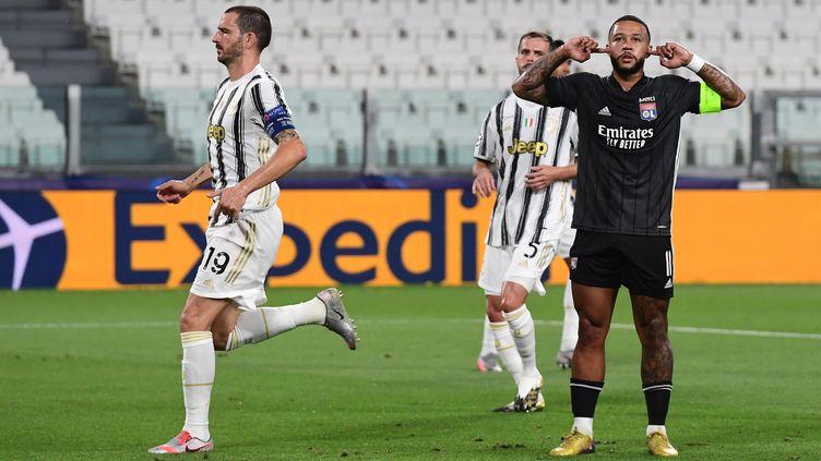 Le capitaine Depay permet à l'OL de se rapprocher un peu plus d'un exploit retentissant contre le Juventus. (MIGUEL MEDINA / AFP)